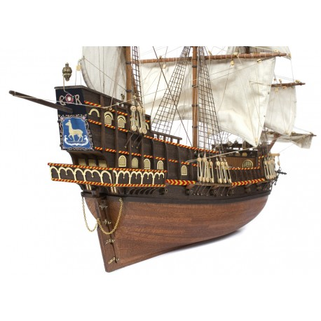 Barco Galeon GOLDEN HIND Occre
